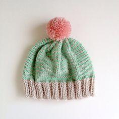 The StripeAThon Hat in Mint Bubblegum Pink por helloquiettiger