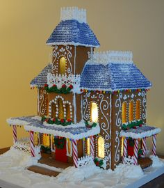 Lighted Victorian Gingerbread House Gingerbread house decorated with royal icing. Gingerbread House Template, Cool Gingerbread Houses, Gingerbread House Designs, Christmas Gingerbread House, Christmas Scenes, All Things Christmas, Christmas Holidays, Happy Holidays, Christmas Decor