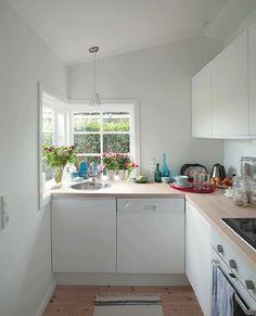 Small Ikea kitchen