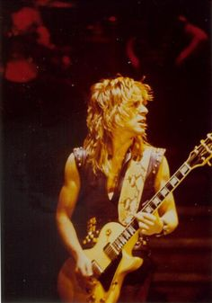 Other Randy Rhoads Awesome Pictures
