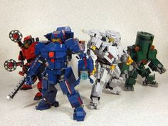 """""""Pacific Rim"""" mechs made of Legos"""