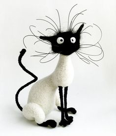 Kitten with head tilt - Needle felted cat showing underlying armature and finished cat. Needle felted cat showing underlying armature and finished cat. Needle Felted Cat, Needle Felted Animals, Felt Animals, Funny Animals, Fuchs Illustration, Silly Cats, Felt Cat, Funny Art, Funny Music
