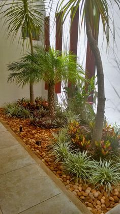 Beginner's Guide To Tropical Landscaping Design Plans – My Best Rock Landscaping Ideas Front Yard Garden Design, Tropical Garden Design, Tropical Landscaping, Landscaping With Rocks, Front Yard Landscaping, Landscaping Design, Landscape Design Plans, Interior Garden, Small Gardens
