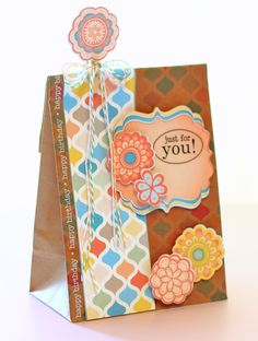 Turn any bag into an adorable gift bag to fit any occasion by using the Imagine Spring Chic cartridge! We love this 'Just for You' gift bag by Cindy Royal. #cricut