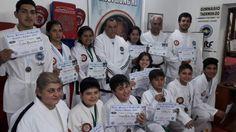 Taekwondistas bandeños cosecharon 18 medallas en el Nacional de Córdoba