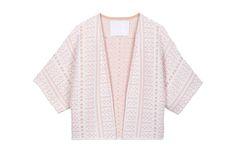 Photo studio de vêtement en à plat piqué. Studio, Sweaters, Fashion, Clothing Photography, Boutique Online Shopping, Pique, Dish, Jacket, Moda