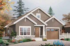 Craftsman Style House Plan - 3 Beds 2 Baths 1700 Sq/Ft Plan #23-649 Exterior - Front Elevation - Houseplans.com