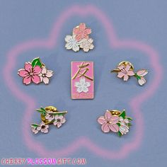 Bag Pins, Baby Jewelry, Cute Charms, Cool Pins, Maker, Pin And Patches, Up Girl, Pin Badges, Lapel Pins