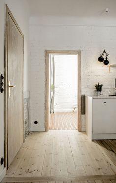 Wnętrze tygodnia: mieszkanie pełne światła i vintage w Warszawie