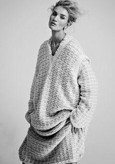 Rosie Huntington-Whiteley by James Macari _ Vogue Mexico, November 2014 .