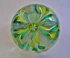 ASTONISHINGLY Exquisite IRIDESCENT Dichroic TWISTED RIBBON Art Glass PAPERWEIGHT
