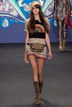 Spring 2015 Ready-to-Wear - Anna Sui  I don't know which I like more: the fanny pack or the sweater!
