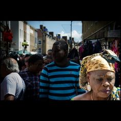 @fililabyrinth #london #eastlondon  #bricklane #streetphotography #street #people #walking #market #faces