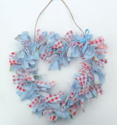Use fabric scraps to make these pretty heart wreath (for all year round). What is your favourite way to upcycle fabric scraps?