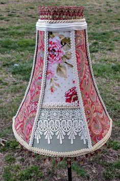 Lampshade, french country decor, farmhouse decor, floral lampshade, country chic, cottage decor, handmade lampshade, fabric lace lampshade #frenchcountry #grannyflorals #handmadelampshade #cottagedecor