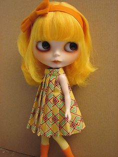 Really want more girls with bright hair! Ginger, yellow and blue please!!