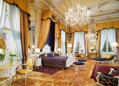 9 European Hotel Suites That Will Make You Feel Like Royalty: Royal Suite at the Hotel Imperial in Vienna, Austria Hotel Imperial Wien, Vienna Hotel, Most Luxurious Hotels, Luxurious Bedrooms, Luxurious Homes, Luxury Bedrooms, Luxury Collection Hotels, Hotel Suites, Deco Design