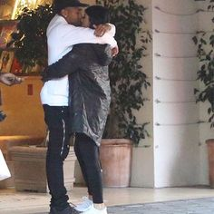 Kylie and Tyga spotted locked in passionate kiss - Photo Tyga And Kylie, Kylie Jenner, Kiss Photo, Perfect Couple, The Life, Relationship Goals, Relationships, True Love, Kardashian