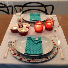 christmas table setting - white, red and green