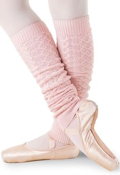 Balera Dance Leg Warmers Cable Knit Ballet Pink CHLD: Leg warmers are a go-to dance wardrobe staple. These cozy cable-knit leg warmers have ribbed cuffs on each end and come in colors designed to complement any dance class or warmup outfit. Pointe Shoes, Ballet Shoes, Dance Wear Solutions, Knit Leg Warmers, Dance Accessories, Dance Shorts, Ballet Girls, Dance Fashion, Dance Outfits