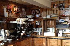 Wild & Wood Coffee Holborn - Best Coffee v Londýně - Nejlepší Londýn kavárny (houseandgarden.co.uk)