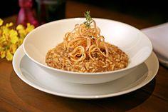 Risoto de costela bovina e onion rings - Receitas - Receitas GNT
