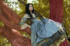 This almost reminds me of Avalon in her natural defiant state. Climbing trees and ripping her gown when no one is looking.