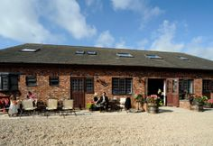 Marsh Farm Hall Barn Oasthouse Wedding Venue In Great Eccleston
