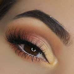 Half Cut Crease using the Too Faced Sweet Peach Palette <3  Instagram: @jessicaduartemakeup