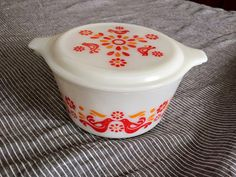 Antique Spotlight: The Durable Dinnertime Dishware Known As Pyrex! – Dusty Old Thing