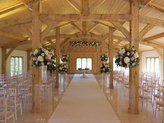 ceremony flowers colshaw hall - wedding ceremony barn Cheshire - wedding flowers - Laurel Weddings