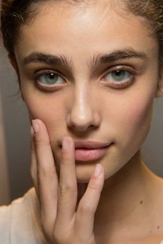 Taylor Marie Hill at Damir Doma SS 2015 (Backstage) Taylor Marie Hill, Beauty Make Up, Pure Beauty, Hair Beauty, Pretty People, Beautiful People, Art Visage, Woman Face, Beautiful Eyes