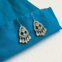 Chandelier Drop Earrings Perfect condition chandelier hook earrings Banana Republic Jewelry Earrings