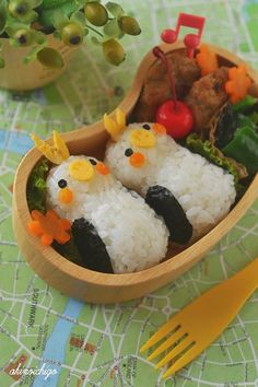 Cockatiel bento! Two of my very favourite things.