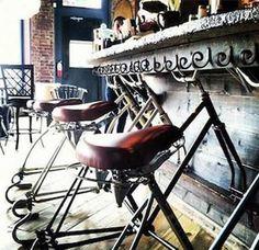 Барные стулья из велосипедных рам