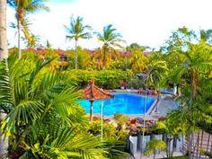 Palm Beach Hotel offers a tropical getaway in Tuban, less than a minute walk from Kuta Beach.