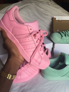 Needs all of the super color Adidas
