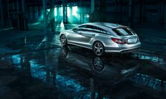"""The new CLS Shooting Brake - Consuption, combined: 9,8-5,3l/100 km; CO2 emissions, combined: 229-139 g/km. The data do not relate to an individual vehicle and do not form part of the offer; they are provided solely for the purposes of comparison between different types of vehicles. The figures are provided in accordance with the German regulation """"PKW-EnVKV"""" and apply to the German market only."""