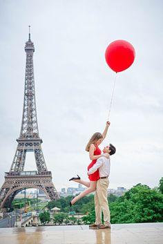 Dreamy Paris Engagement Shoot | The Paris Photographer