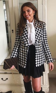 Girly Outfits, Classy Outfits, New Outfits, Fall Outfits, Casual Outfits, Fashion Outfits, Womens Fashion, White Blazer Outfits, Formal Winter Outfits