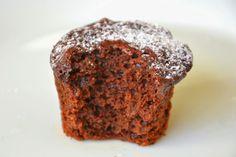 Palavras que enchem a barriga: Muffins vegan de cacau... E beterraba! :)