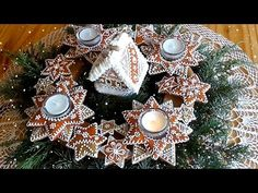 Jana Melas Pullmannová: Adventný venček z medovníkov Christmas Wreaths, Holiday Decor, Youtube, Home Decor, Cupcake, Tv, Christmas Houses, Decorated Cookies, Crowns