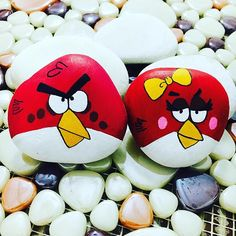 Sensin Angry Birds... #angrybirds #angrybird #rockpainting #handmade #rockpainting #rocks #gift #specialgift #birdday