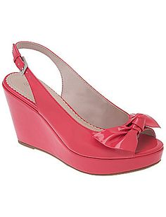 I love these shoes... The are very comfortable and cuteeeeee... I have the black ones but I want the purple ones!