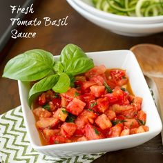 """Here's a recipe for Fresh Tomato Basil Sauce with Zucchini """"Noodles"""" that's perfect to use up all the fresh tomatoes, basil and zucchini this summer!"""