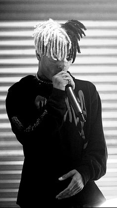Read xxxTentacion from the story Fondos de pantalla by with reads. Rapper Wallpaper Iphone, Rap Wallpaper, Miss X, Mode Poster, Xxxtentacion Quotes, X Picture, Rapper Art, Dope Wallpapers, I Love You Forever