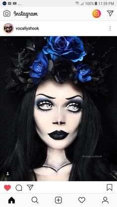 Looking for for ideas for your Halloween make-up? Browse around this website for creepy Halloween makeup looks. Creepy Halloween Makeup, Halloween Makeup Looks, Make Up Artist Ausbildung, Kosmetik Online Shop, Brown Matte Lipstick, Camouflage Makeup, Monster Makeup, Witch Makeup, Theatrical Makeup