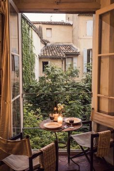 Photographer Jamie Beck& home in Provence, in the South of France. Provence, Beautiful Homes, Beautiful Places, Romantic Places, Ann Street Studio, Tiny Balcony, Window View, South Of France, Winter Garden