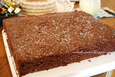 Supersaftig sjokoladekake i langpanne - http://www.mytaste.no/o/supersaftig-sjokoladekake-i-langpanne-3090680.html