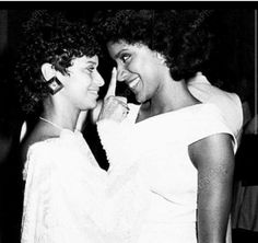 Celebrity Sisters Debbie Allen and Phylicia Rashad (Ayers-Allen)